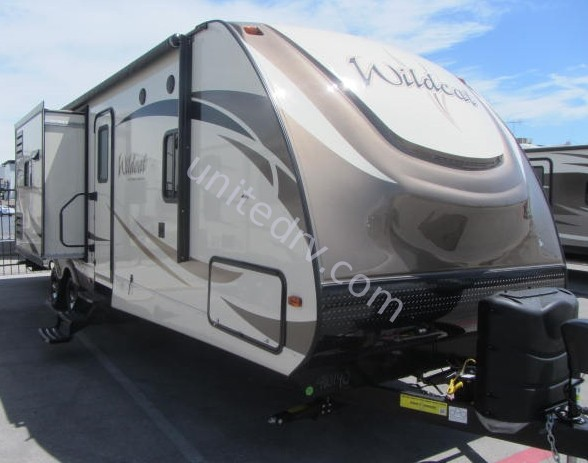 2017 FOREST RIVER WILDCAT 322TBI