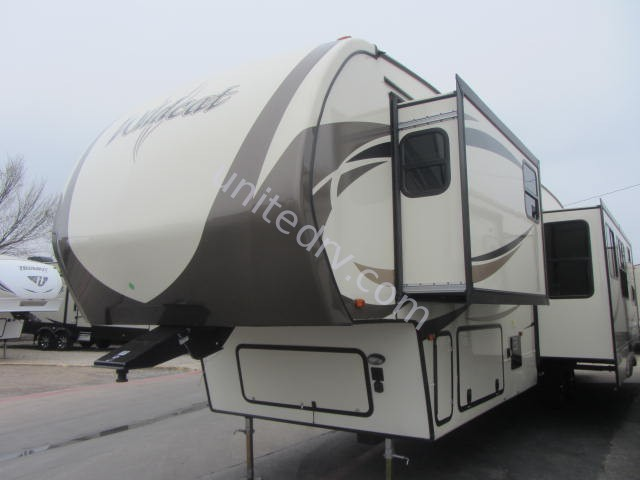 2017 FOREST RIVER WILDCAT 363RB
