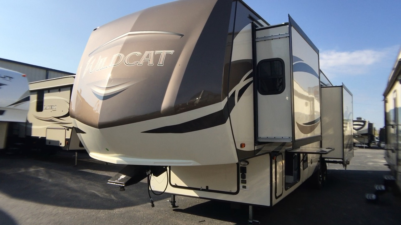 2018 FOREST RIVER WILDCAT 32WB