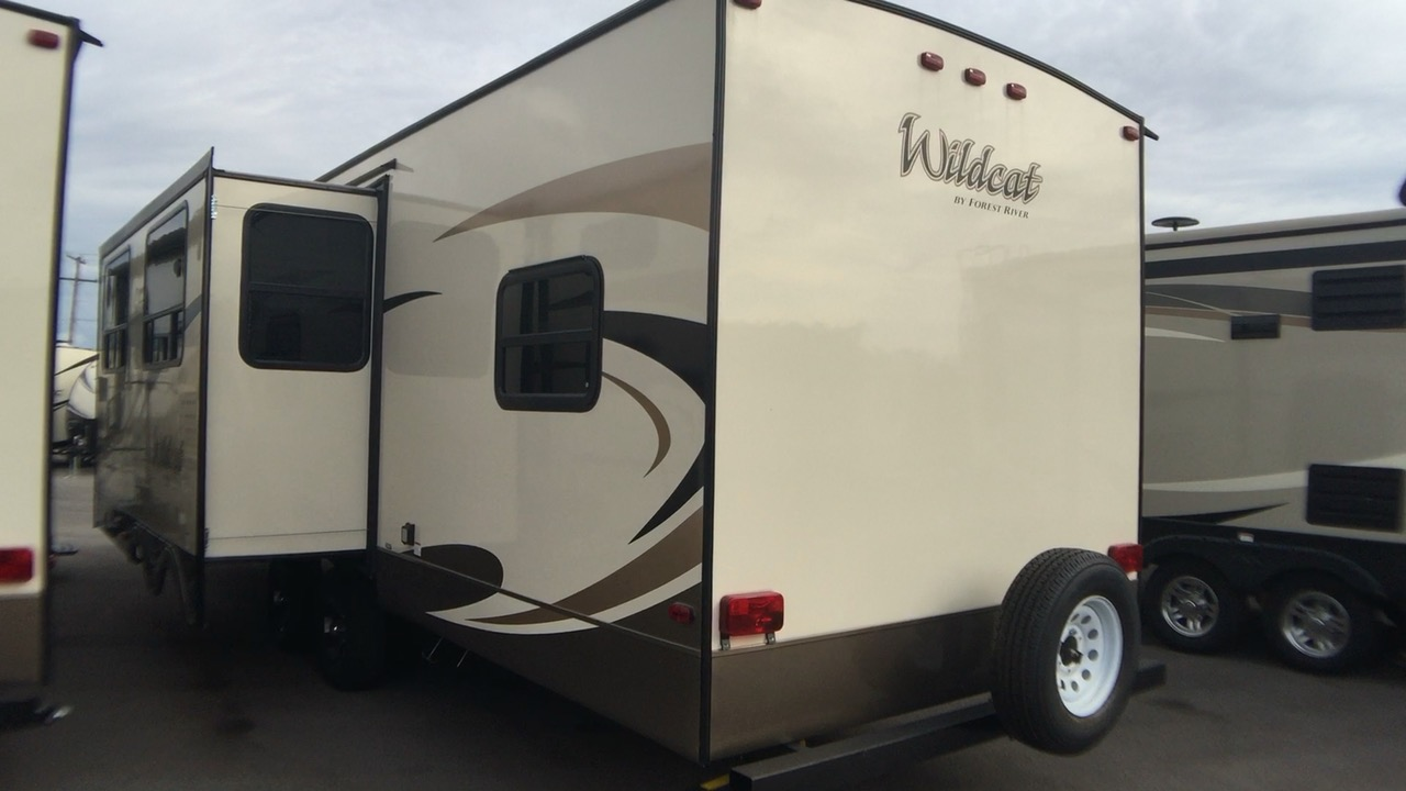 2018 FOREST RIVER WILDCAT 292QBD