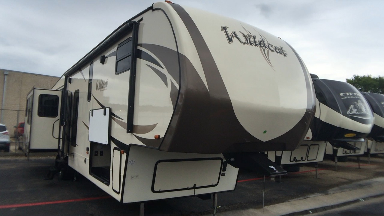 2018 FOREST RIVER WILDCAT 383MB