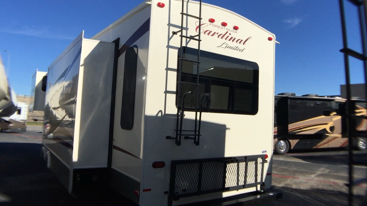 2018 FOREST RIVER CARDINAL LIMITED EDITION 3045RLLE